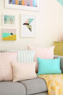 Bright Living Room Decor Ideas 57