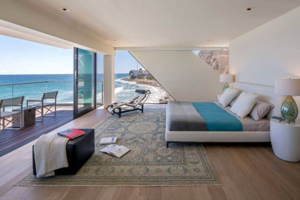 California Beach House 107