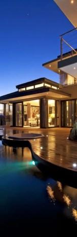 California Beach House 123