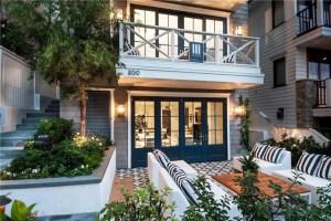 California Beach House 30