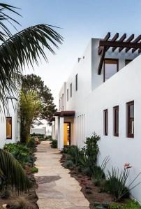 California Beach House 41