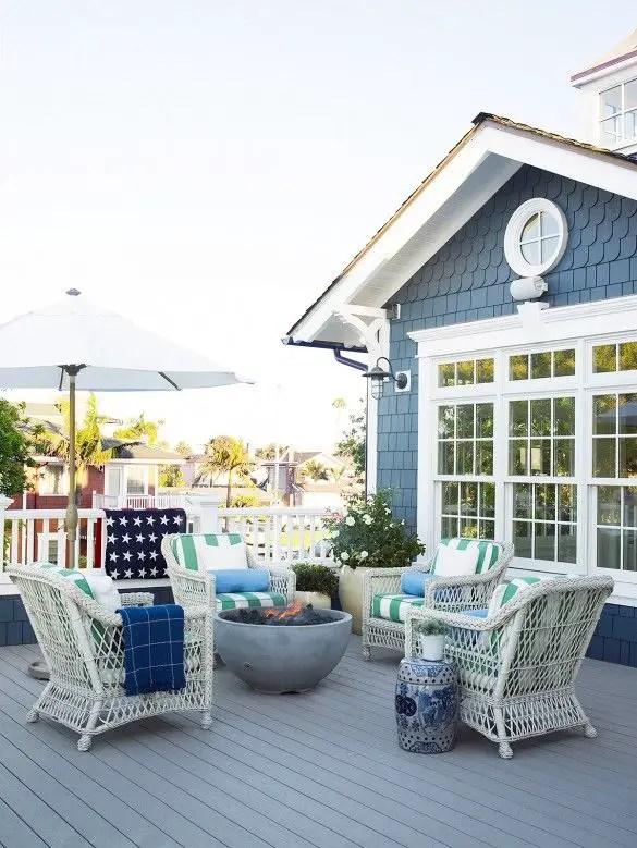 California Beach House 6
