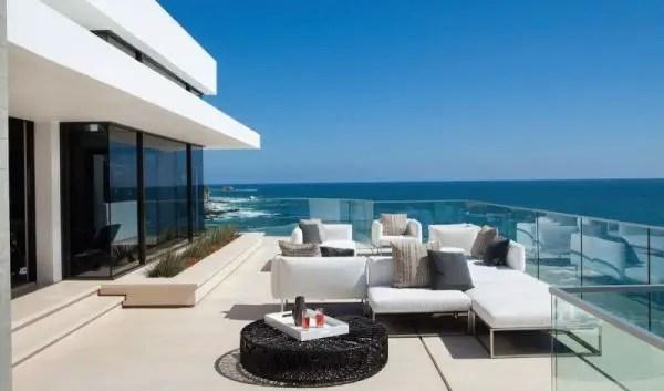 California Beach House 63