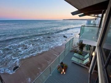 California Beach House 84