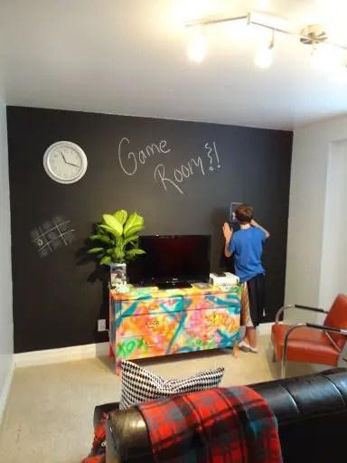 Chalk Wall Bedroom Ideas 52