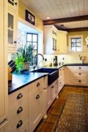 European Farmhouse Kitchen Decor Ideas 122