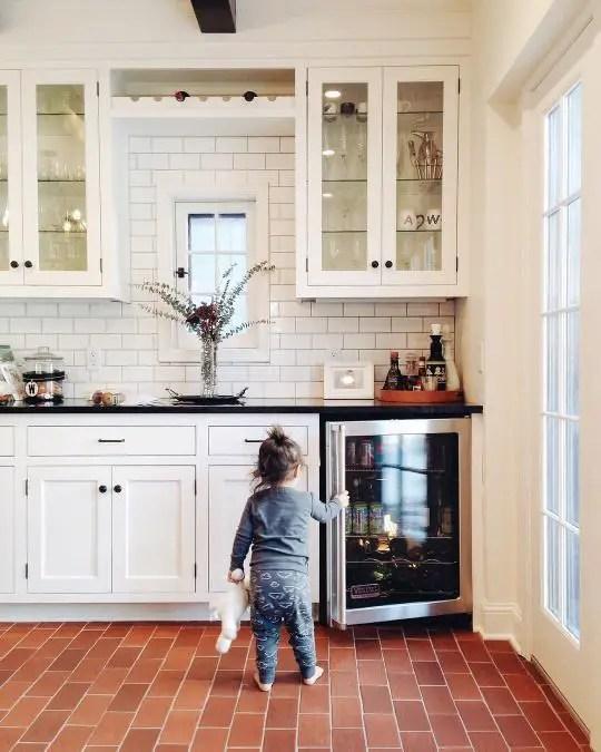 European Farmhouse Kitchen Decor Ideas 30