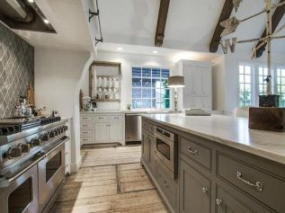 European Farmhouse Kitchen Decor Ideas 31