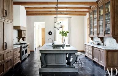 European Farmhouse Kitchen Decor Ideas 51