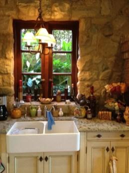 European Farmhouse Kitchen Decor Ideas 82