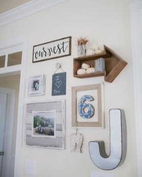 Farmhouse Gallery Wall Ideas 112