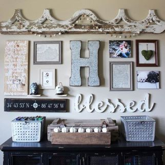 Farmhouse Gallery Wall Ideas 113
