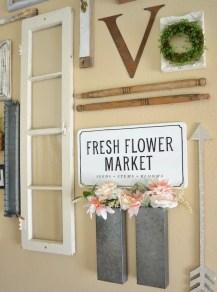 Farmhouse Gallery Wall Ideas 30