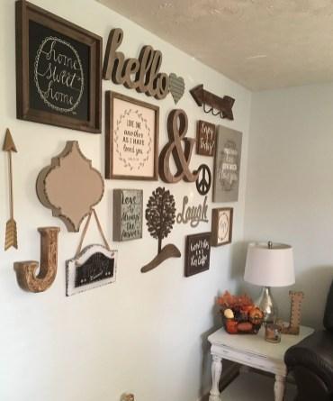 Farmhouse Gallery Wall Ideas 35