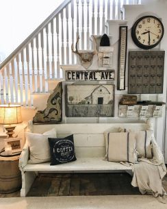 Farmhouse Gallery Wall Ideas 45