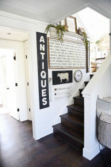 Farmhouse Gallery Wall Ideas 68