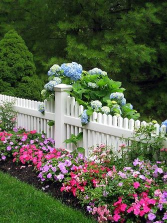Flower Beds In Front Of House 32