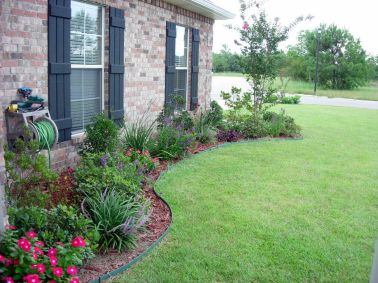 Flower Beds In Front Of House 40