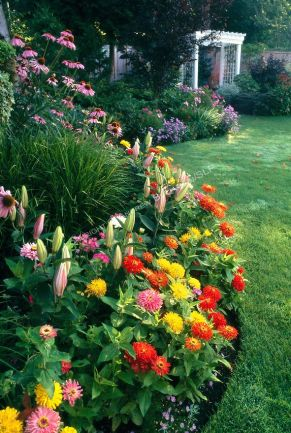 Flower Beds In Front Of House 54