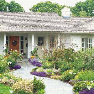 Flower Beds In Front Of House 77