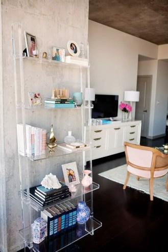 Small Apartment Bedroom Decor 107