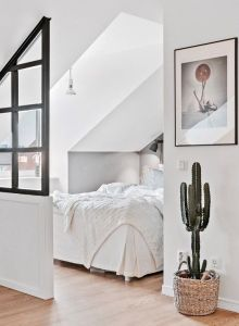 Small Apartment Bedroom Decor 32