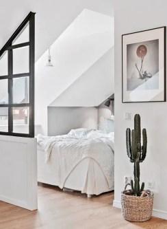 Small Apartment Bedroom Decor 32