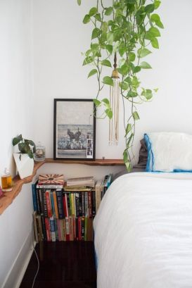 Small Apartment Bedroom Decor 35