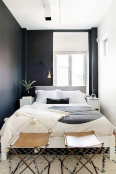 Small Apartment Bedroom Decor 53
