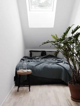 Small Apartment Bedroom Decor 89
