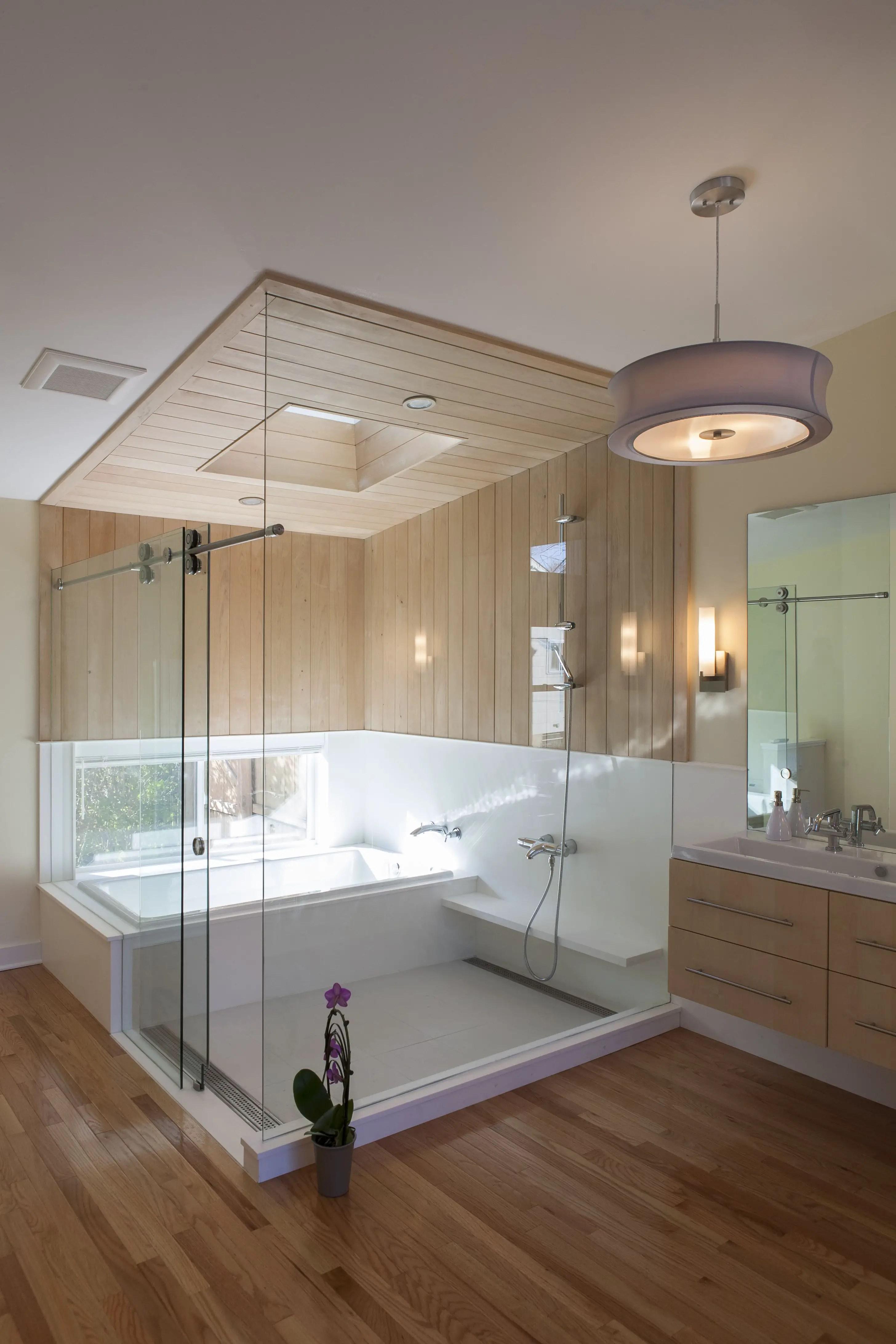 Tiny Master Bathroom 156
