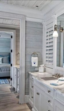 Tiny Master Bathroom 159