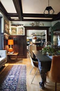 Vintage Room 16