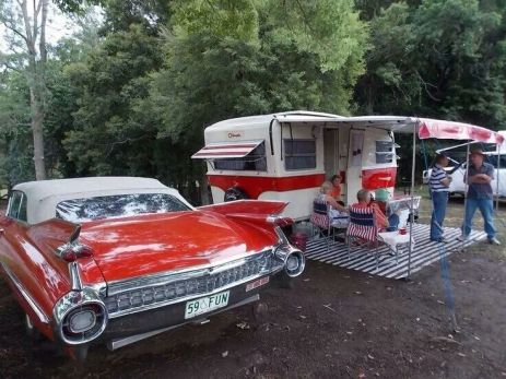 Vintage CampersTravel Trailers 209