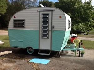 Vintage CampersTravel Trailers 274
