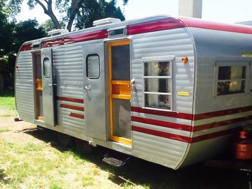Vintage CampersTravel Trailers 288