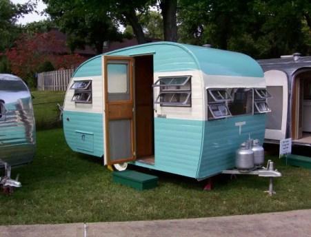 Vintage CampersTravel Trailers 290