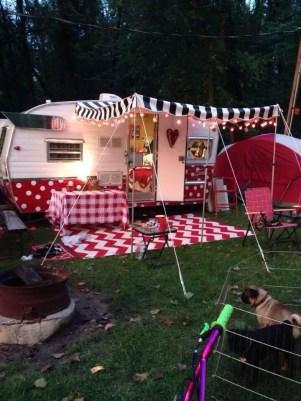 Vintage CampersTravel Trailers 300