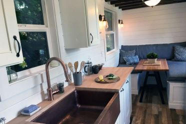Tiny Luxury Homes 165