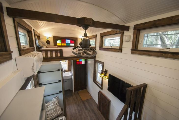 Tiny Luxury Homes 182