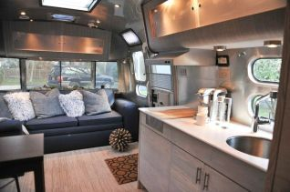 Air Streams Dream Campers 29