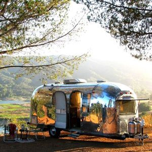 Air Streams Dream Campers 49