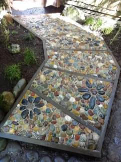 Mosaic Patio 128