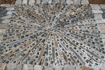 Mosaic Patio 47