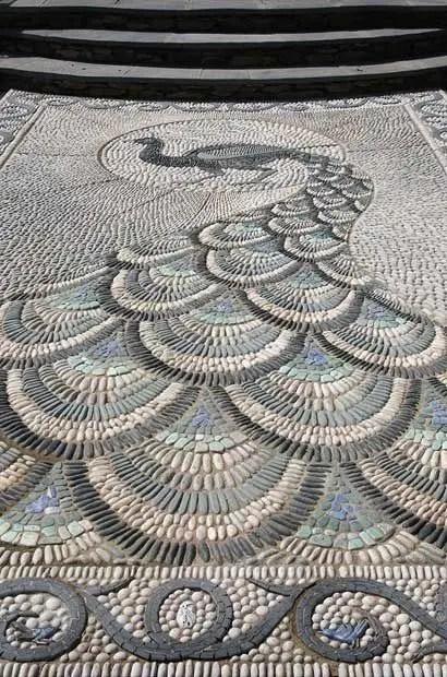Mosaic Patio 56