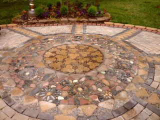 Mosaic Patio 76