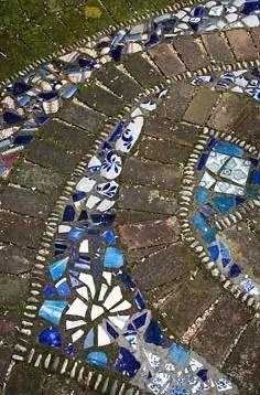 Mosaic Patio 82