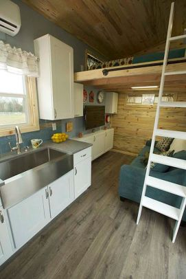Tiny House Mansion 111