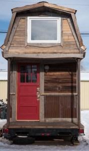 Tiny House Mansion 12