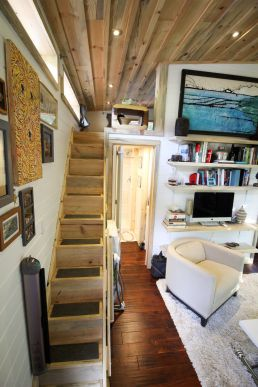 Tiny House Mansion 134
